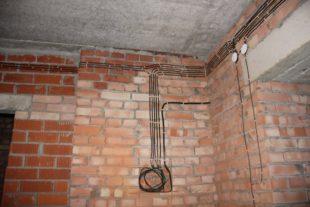 прокладки проводки в кирпичном доме